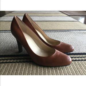 Chocolate Brown RALPH LAUREN Round Toe Pumps Heels